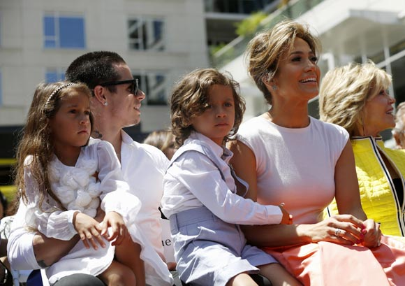 Casper Smart, Jennifer Lopez with her kids and Jane Fonda