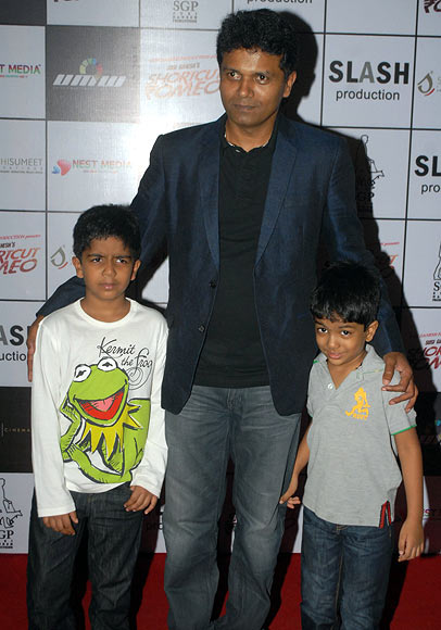 Susi Ganesan with kids