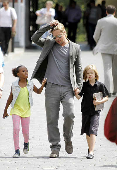 Brad Pitt with Zahara Marley and Shiloh Nouvel