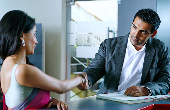 Raima Sen and John Abraham in I Me Aur Main