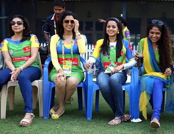 Lissy, Mamta Mohandas, Bhavan, Poornima Indrajith