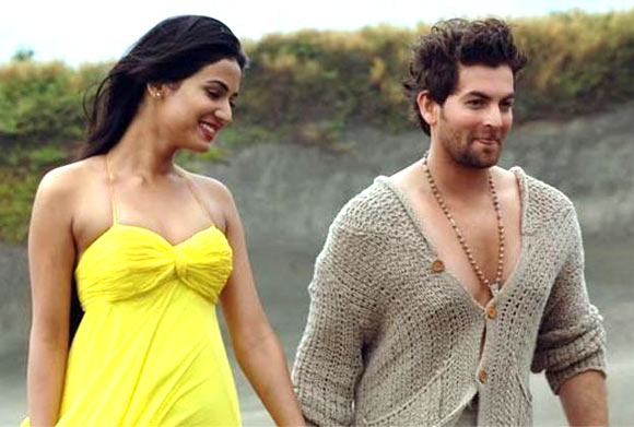 Sonal Chauhan and Neil Nitin Mukesh in 3G