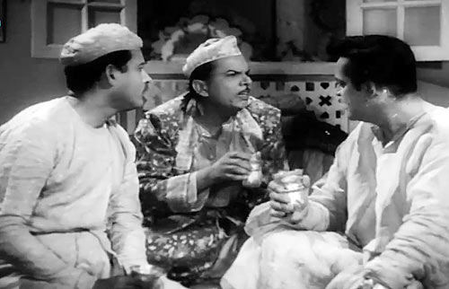 Guru Dutt, Johnny Walker and Rehman in Chaudhvin Ka Chand