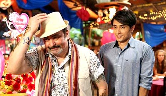 Ali Zafar with Rishi Kapoor in Chashme Buddoor