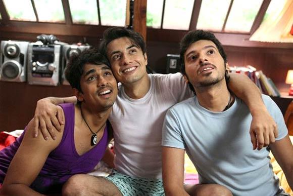 Siddharth, Ali Zafar and Divyendu Sharma in Chashme Buddoor