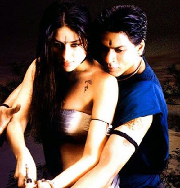 Kareena Kapoor and Shah Rukh Khan in Asoka