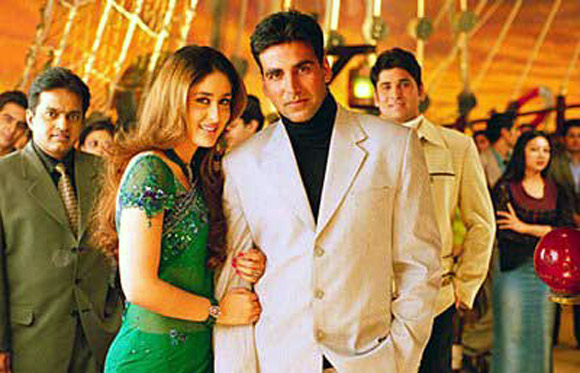 Kareena Kapoor and Akshay Kumar in Aitraaz