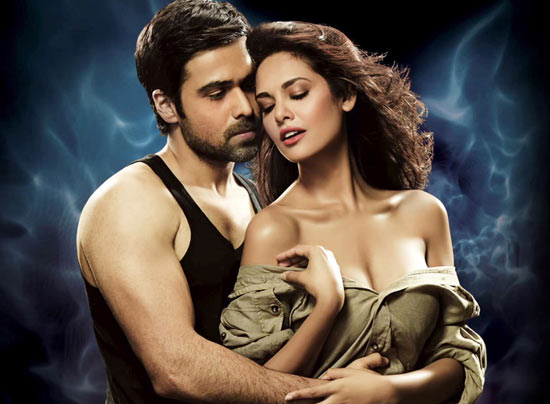 Emraan Hashmi and Esha Gupta in Raaz 3D