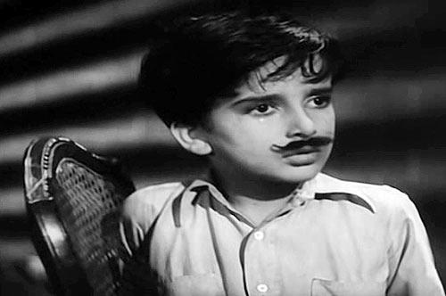 Shashi Kapoor in Aag