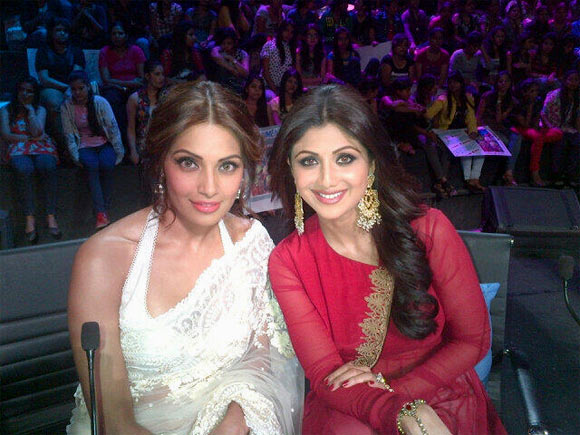 Bipasha Basu  and Shilpa Shetty