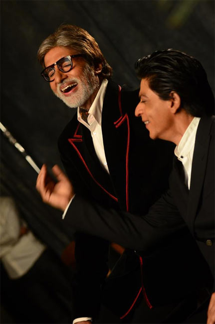 http://im.rediff.com/movies/2013/mar/14dilip-kumar-amitabh-srk-together2.jpg