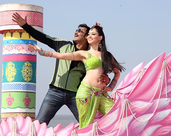 Ajay Devgn and Tamannah in Himmatwala