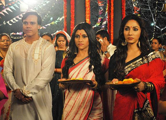 Yash Tonk, Konkona Sen Sharma, Mouli Ganguly