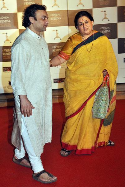 Shubha Mudgal and Aneesh Pradhan
