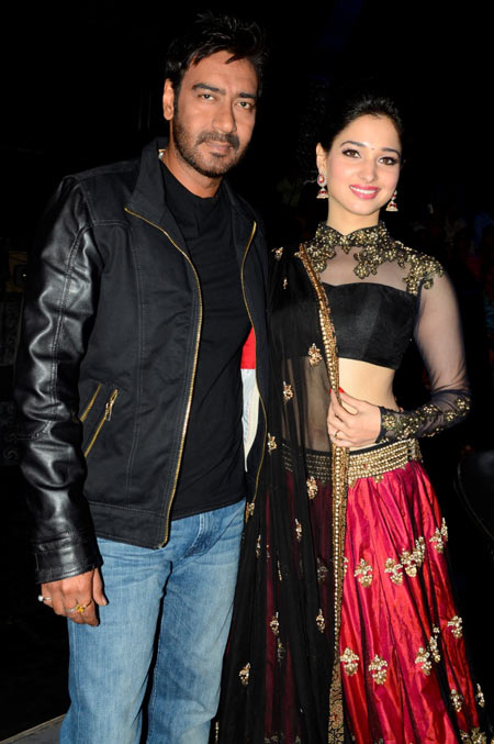 Ajay Devgn and Tamannah at the finale