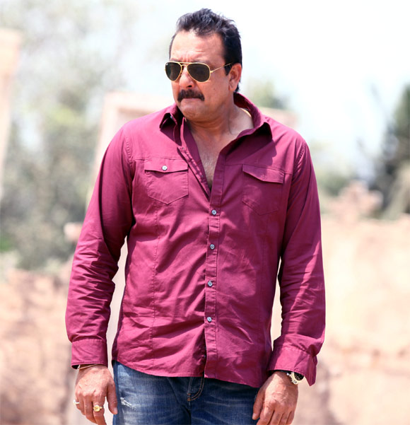 Sanjay Dutt moves SC