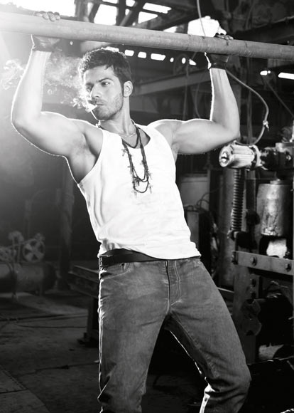 Varun Dhawan Abs Are Hard Work Rediff Com Movies