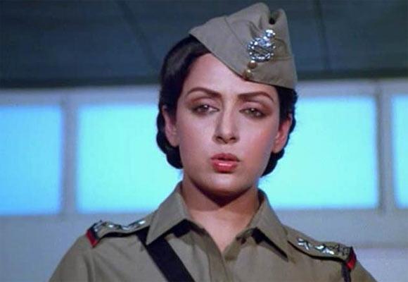 Hema Malini in Andha Kanoon