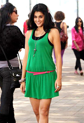 Taapsee Pannu in Chashme Baddoor