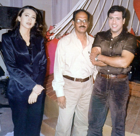 Shashikant Mhatre, Karisma Kapoor and Govinda at Smikta Thackeray's Red Ribbon show