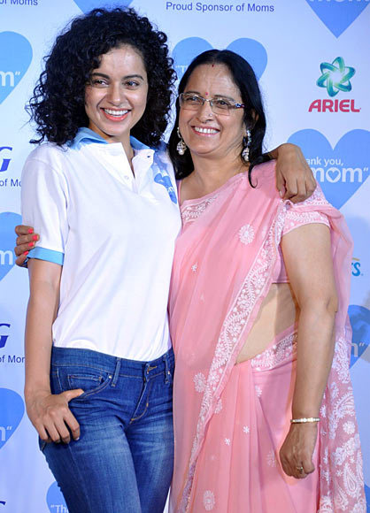 Kangna and Asha Ranaut