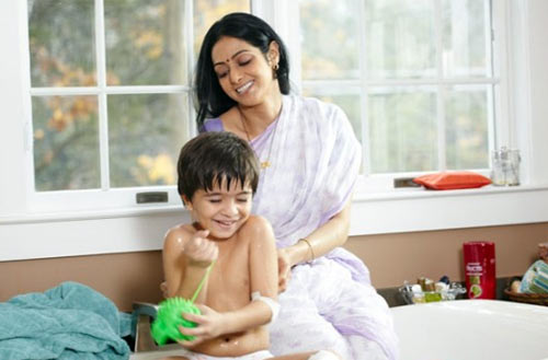 Sridevi and Shivansh Kotia in English Vinglish