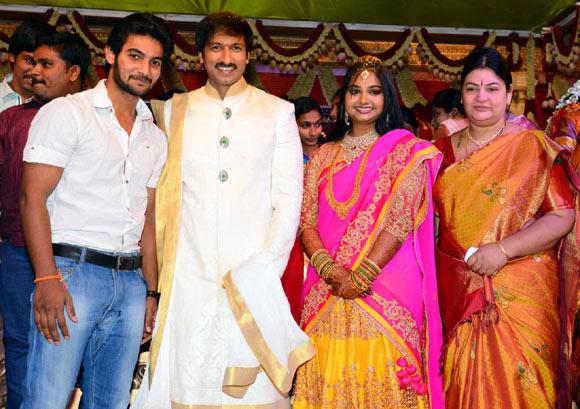 Aadi With Gopichand And Reshma