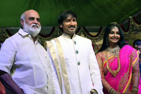 Raghavendra Rao with Gopichand and Reshma
