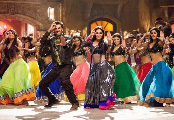 Ranbir Kapoor and Madhuri Dixit in Yeh Jawaani Hai Deewani