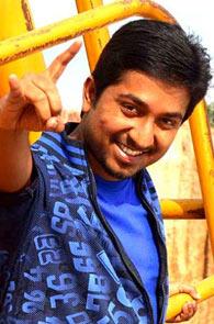 Vineeth Sreenivasan gets ready for Thira - Rediff com movies
