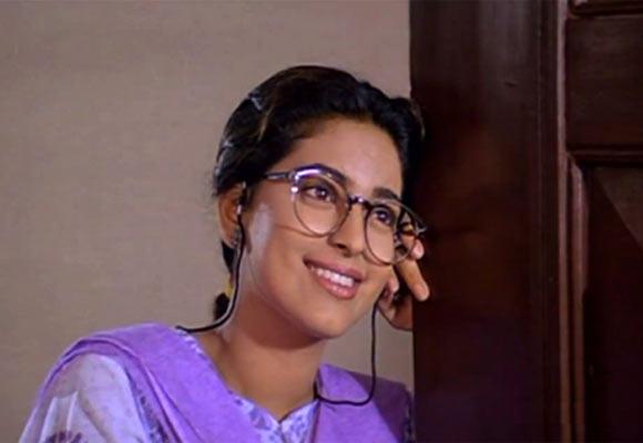 Juhi Chawla in Aaina