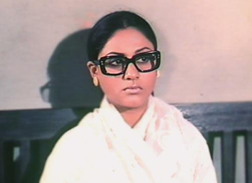 Jaya Bhaduri in Kora Kagaz