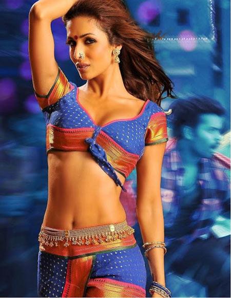 Malaika Arora Khan in Gabbar Singh