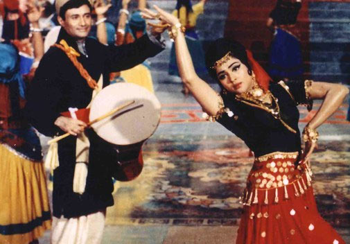 Dev Anand and Vyjayanthimala in Jewel Thief