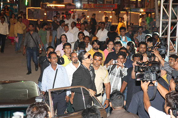 Akshay Kumar makes his entry during the trailer launch