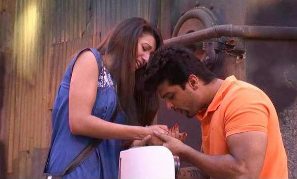 Kushal Tandon and Gauhar Khan in Bigg Boss house