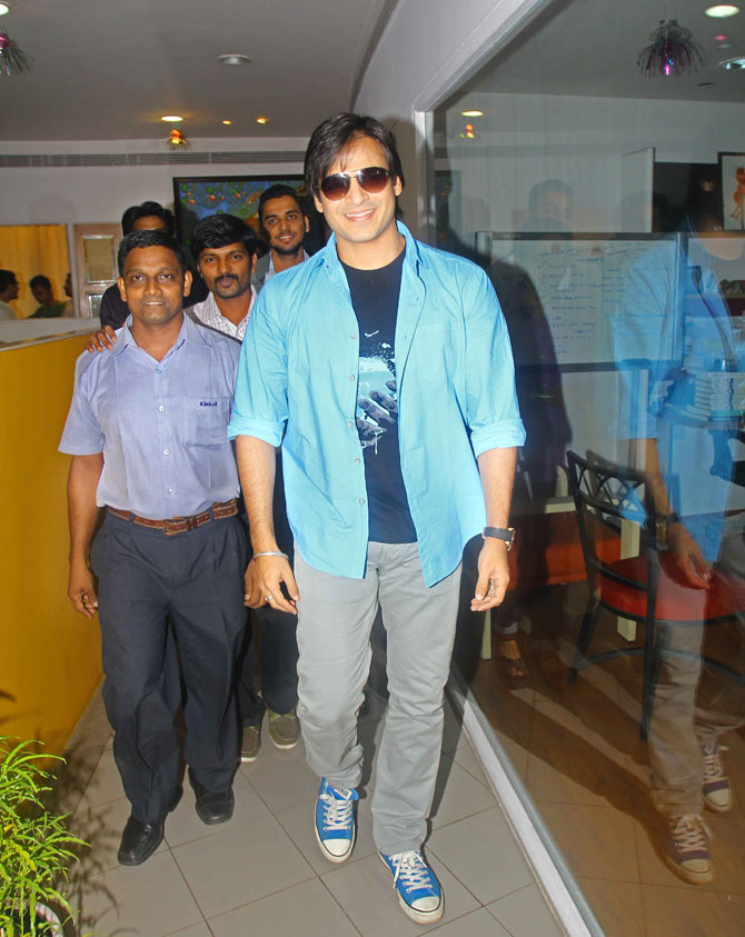 Vivek Oberoi with Rediff staffers