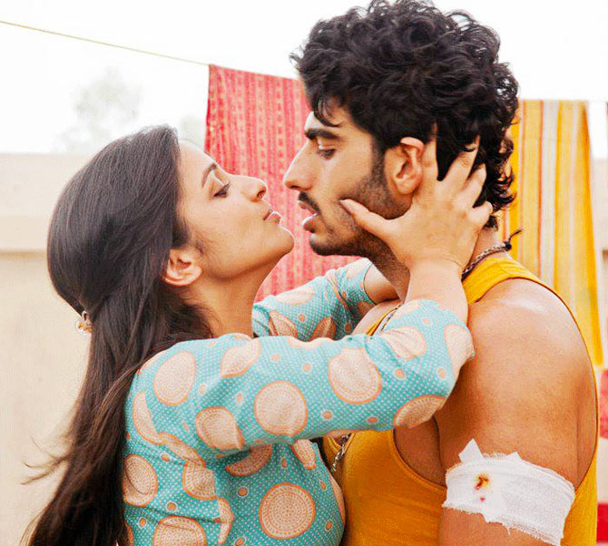 Parinneti Chopra and Arjun Kapoor in Ishaqzaade