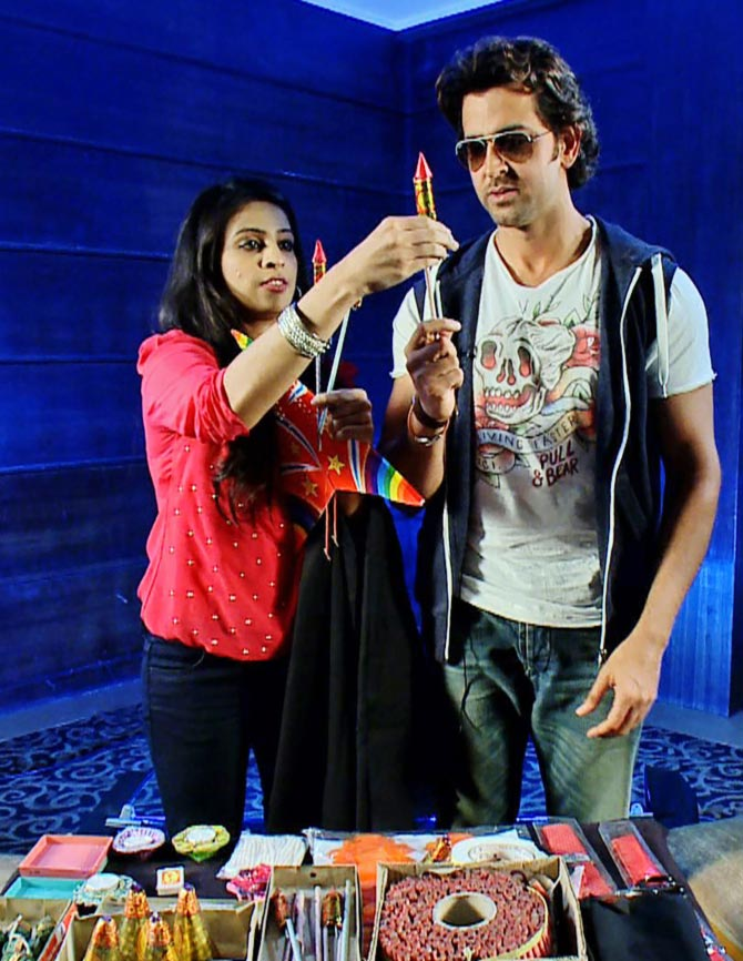 Hrithik Roshan and host Garima ready for Halloween party