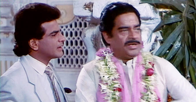 Jeetendra and Shtrughan Sinha in Khudgarz