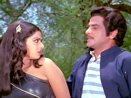 Sridevi and Jeetendra in Himmatwala