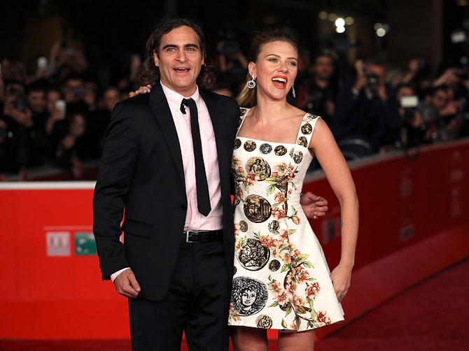 Joaquin Phoenix and Scralett Johansson
