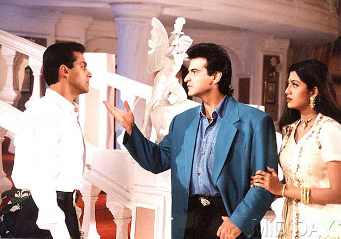 Salman Khan, Sanjay Kapoor and Shilpa Shetty in Auzaar