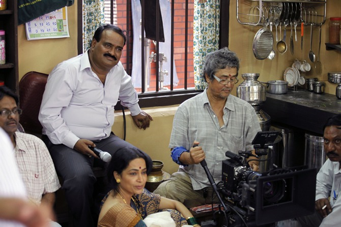 Vishwas Patil with cinematographer Binod Pradhan on the sets of Rajjo