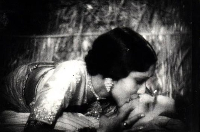 Devika Rani and Himanshu Rai in Karma