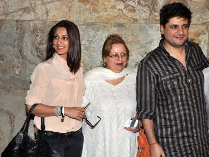 Sonali Bendre and Goldie Behl with