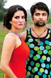 Sunny Leone and Sachiin Joshi in Jackpot