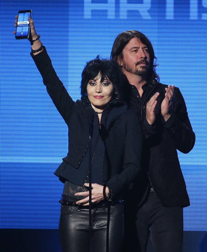 Joan Jett and Dave Grohl