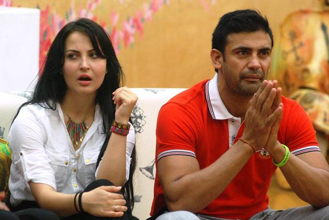 Elli Avram and Sangram Singh