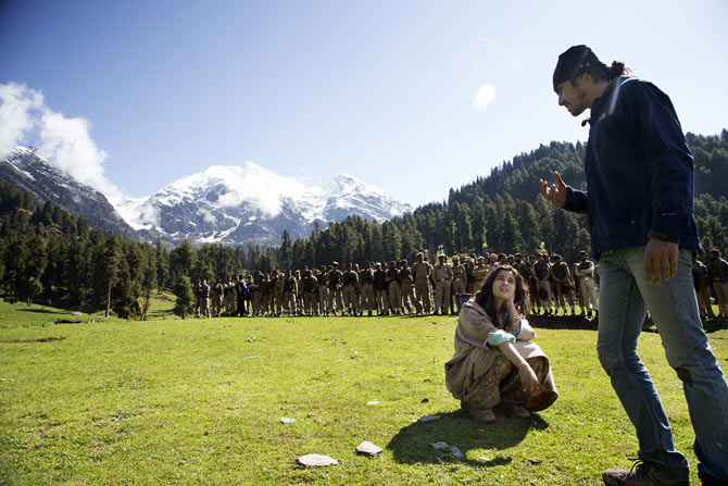 Alia Bhatt and Imtiaz Ali shoot Highway at Aru Valley in Kashmir